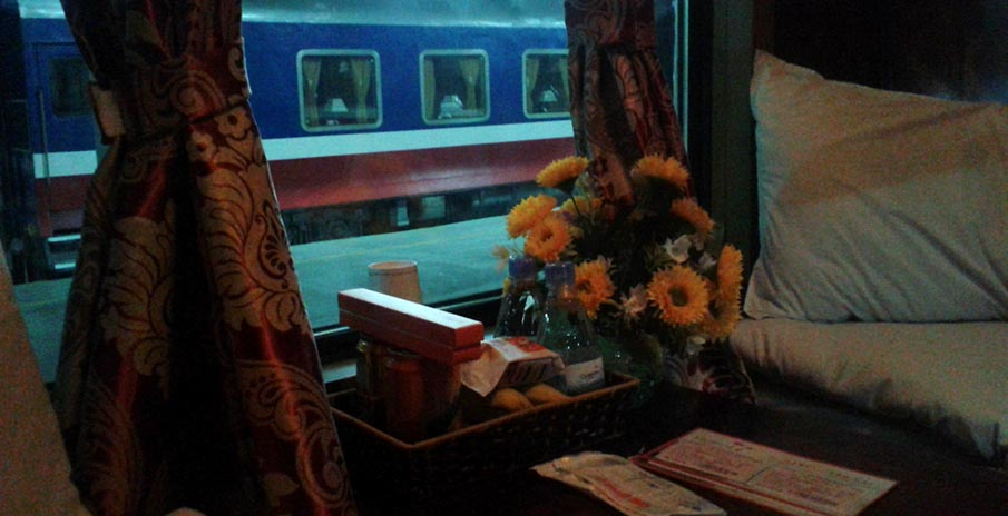 vietnam-doprava-turisticky-vlak