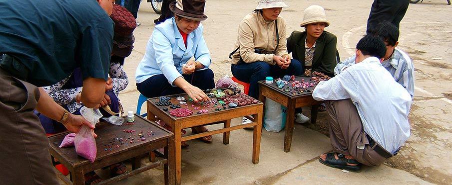 vietnam-luc-yen-market-yen-bai