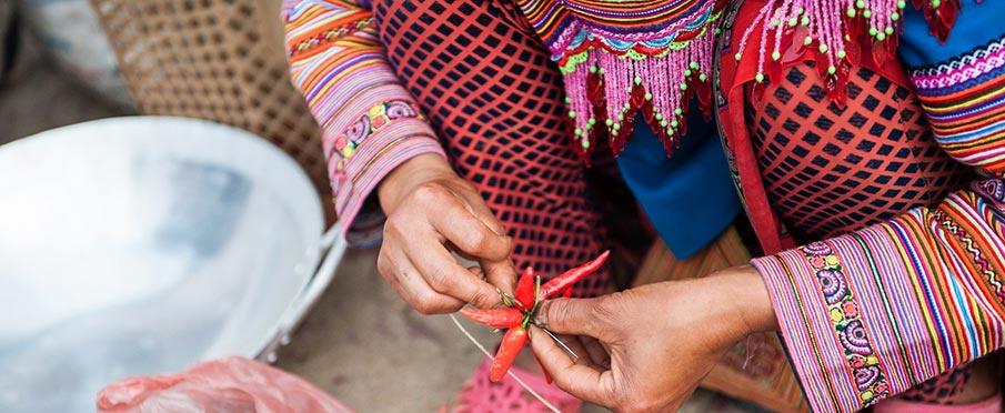 vietnam-market-kvetinovy-hmong