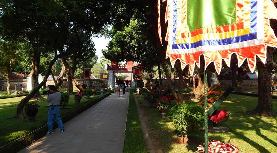vietnam-hanoj-palac-literatury3