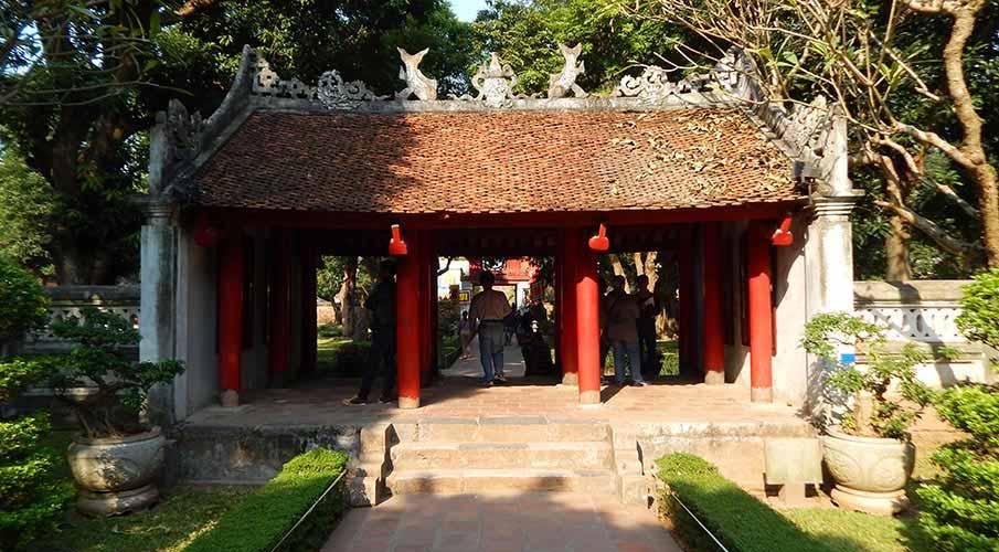 vietnam-hanoj-palac-literatury4