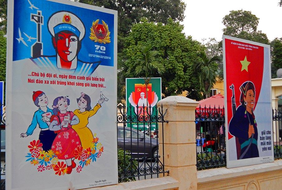 vietnam-vlajka-plakaty