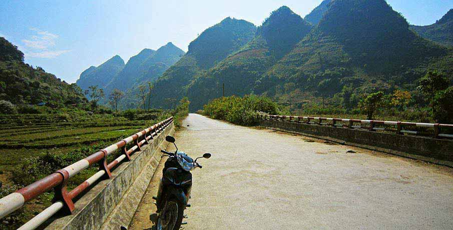 vietnam-motorka-krajina