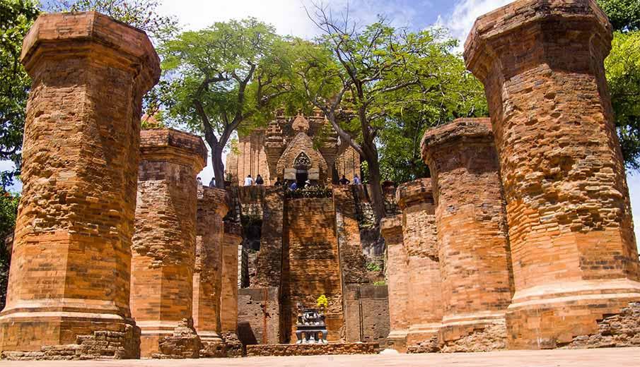 Po-Nagar-Champa-Temple-nha-trang