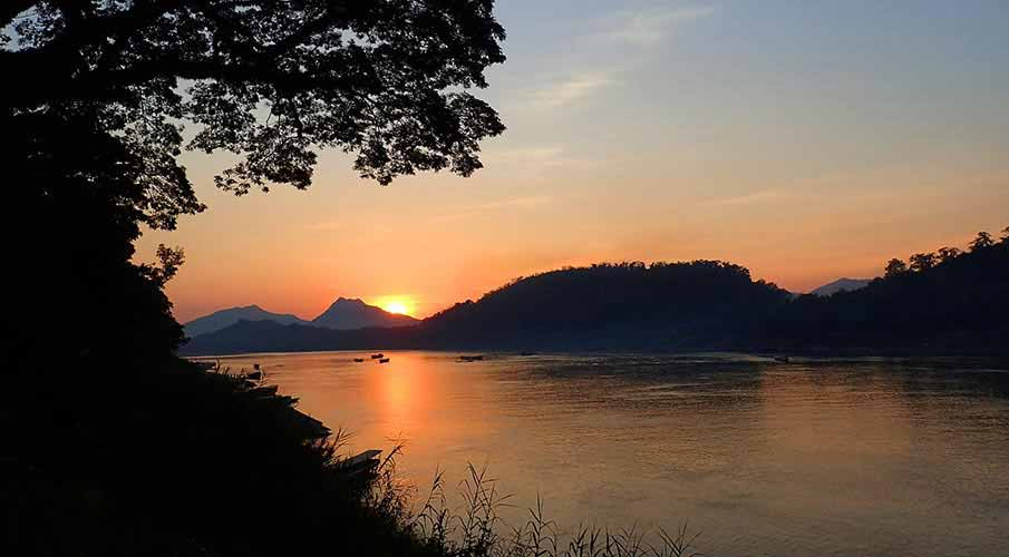 luang-prabang-mekong-river-laos