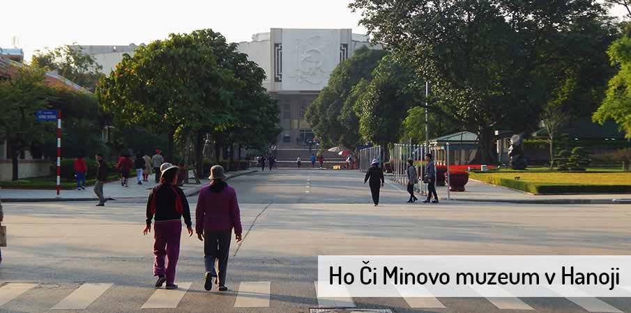 ho-ci-minovo-muzeum-hanoj-vietnam1
