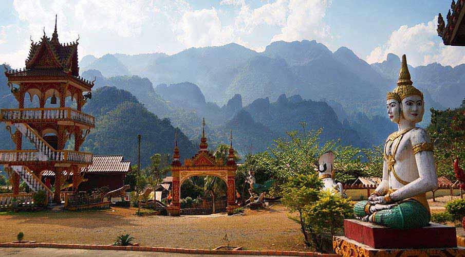 vang-vieng-laos-hory