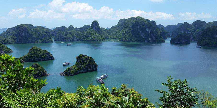 zatoka-ha-long-vietnam