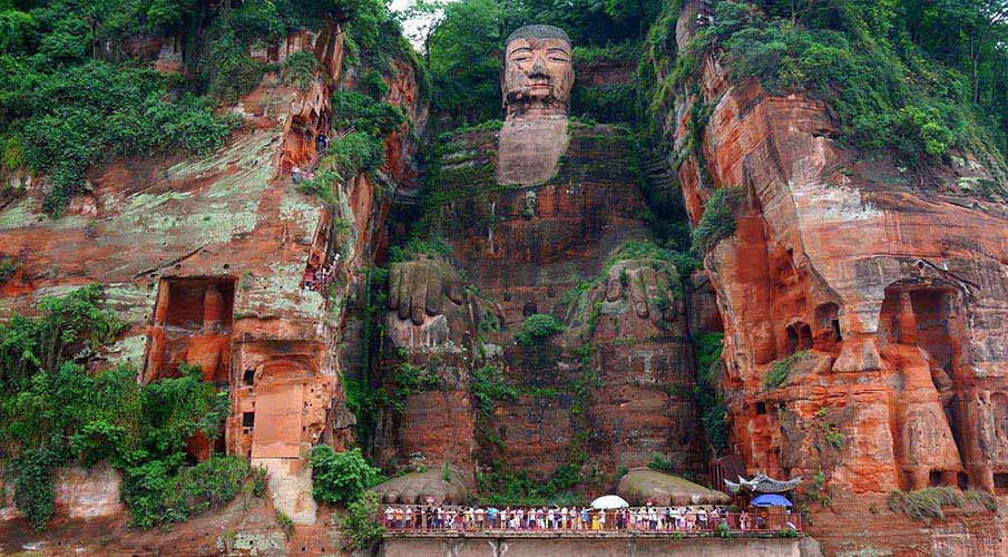 lesansky-buddha-chengdu-cina