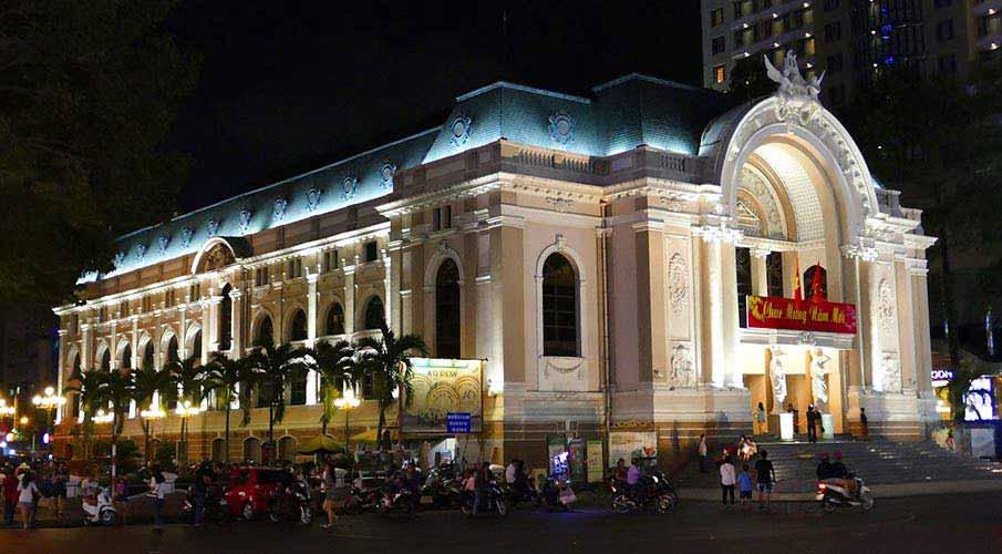 ho-ci-minovo-mesto-opera-vietnam