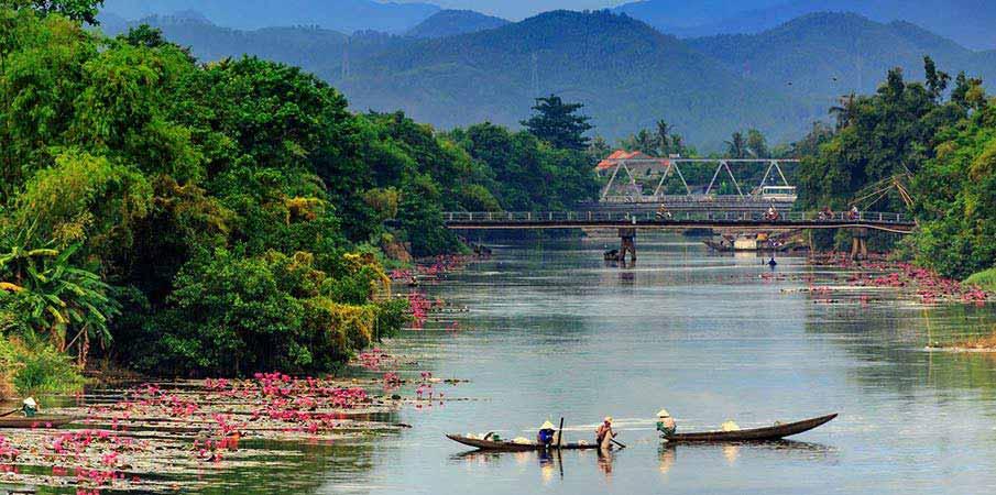 huong-reka-hue-vietnam