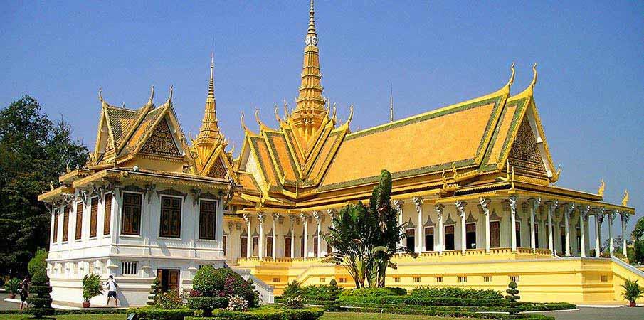 kralovsky-palac-phnom-penh-kambodza