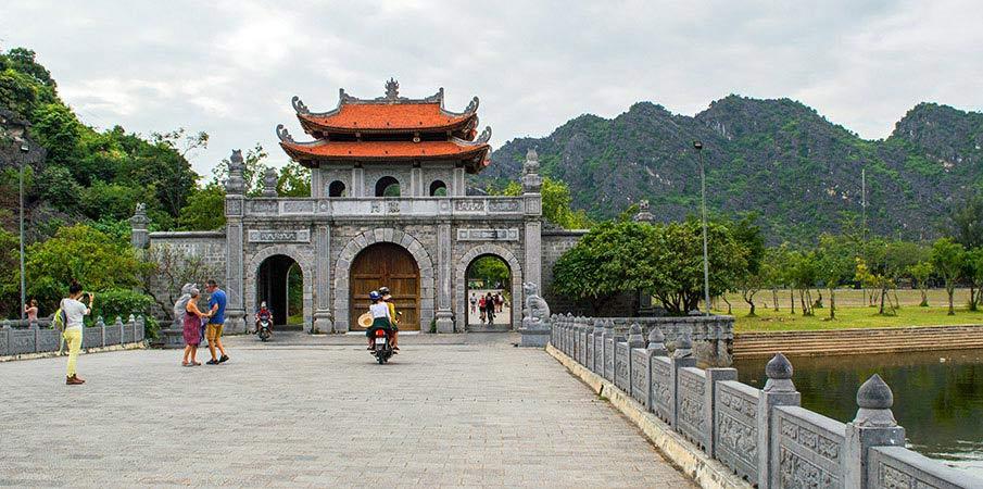 hoa-lu-ninh-binh-vietnam