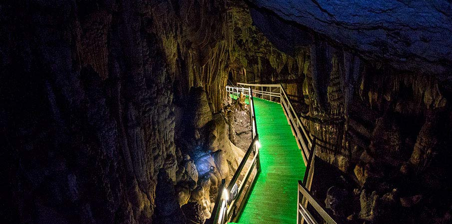 lung-khuy-jeskyne-ha-giang