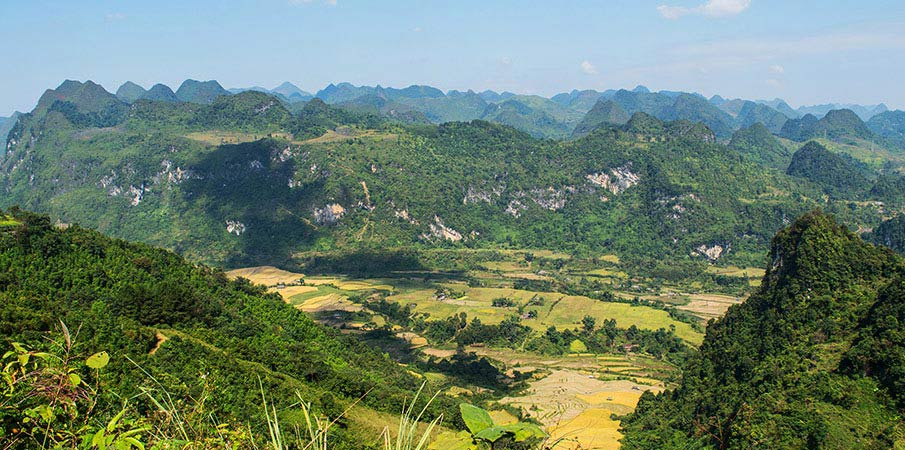non-nuoc-geopark-dragonback-panorama
