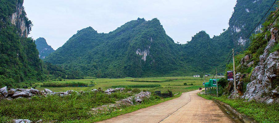 nguom-ngao-jeskyne-cesta
