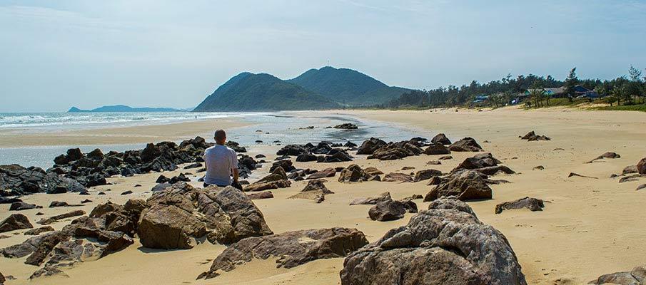 ostrov-quan-lan-vietnam-plaz2