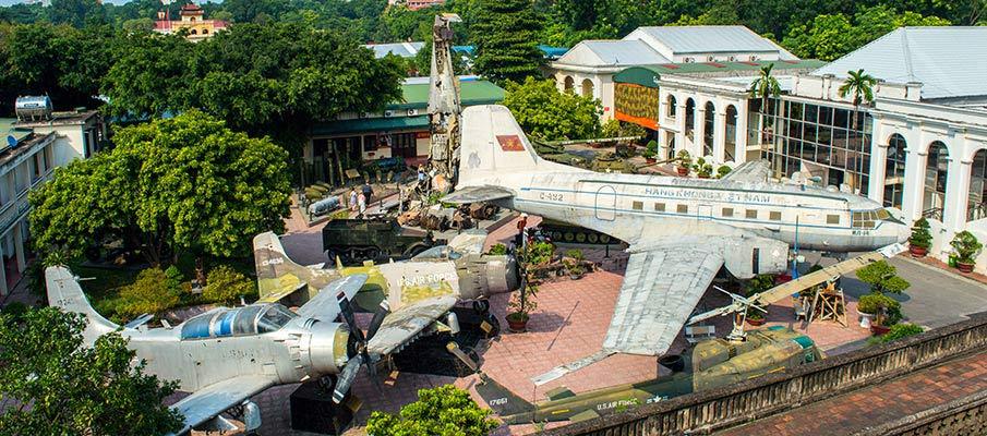 vojenske-historicke-muzeum-hanoj-vietnam