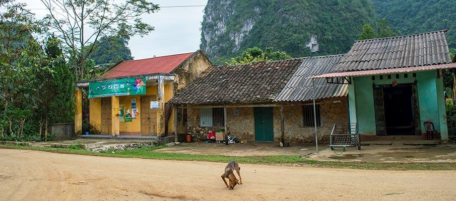 phong-nam-cao-bang-vietnam13