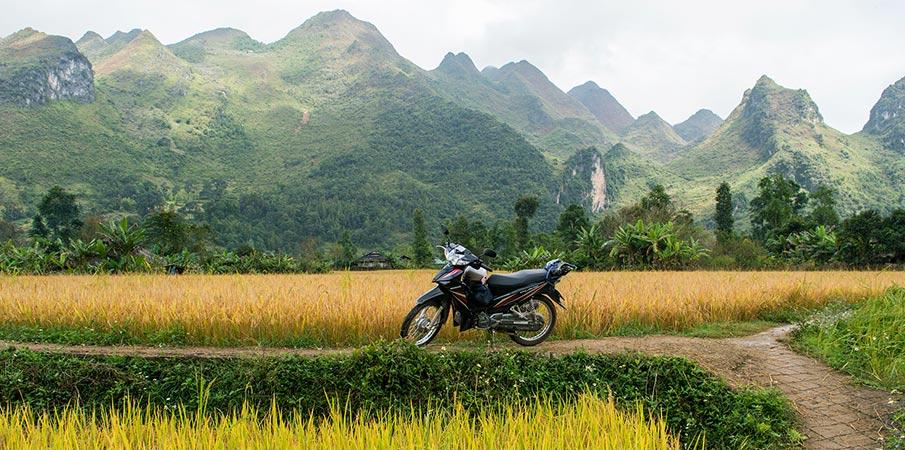 xuan-truong-bao-lac-motorbike1