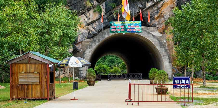 am-tien-pagoda-jeskyne-vstup-ninh-binh