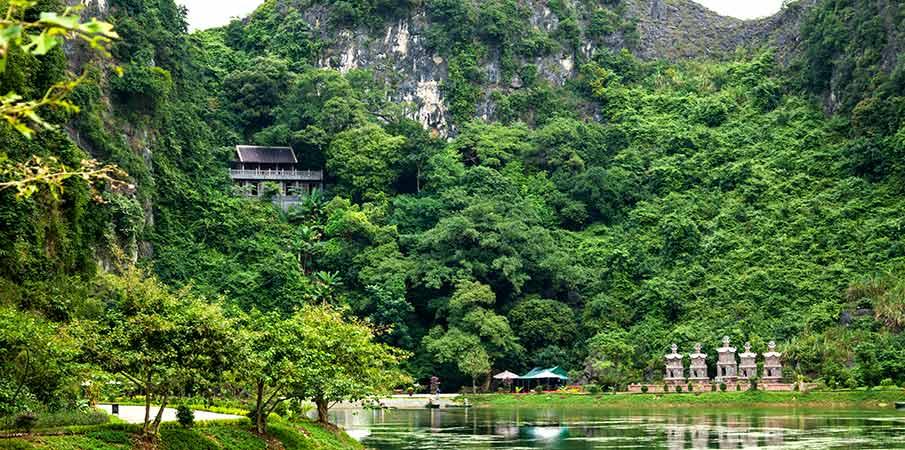 jeskyne-pagoda-am-tien-ninh-binh