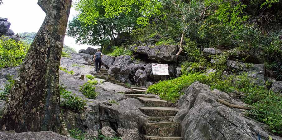 cesta-pagoda-bich-dong-vietnam