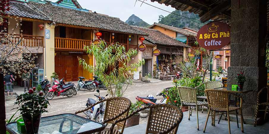 dong-van-mesto-kavarna-vietnam