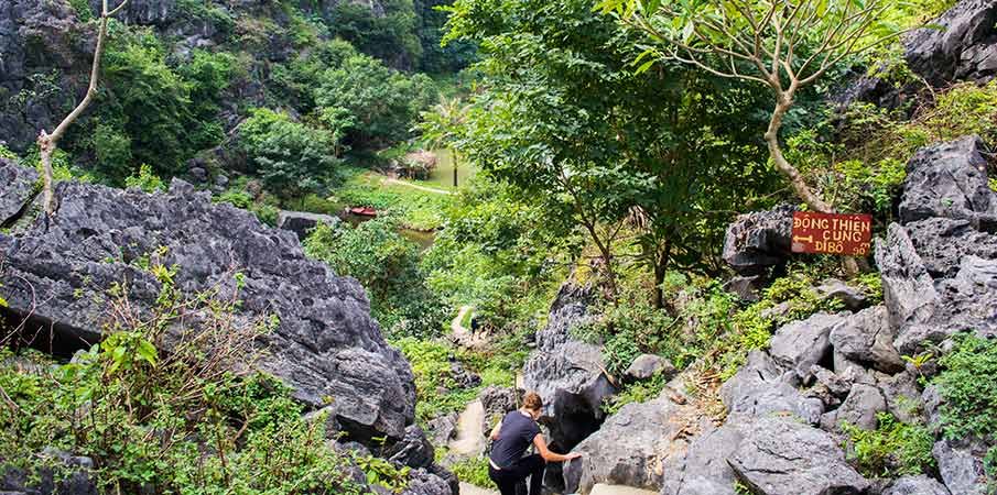 jeskyne-pagoda-bich-dong-thien-cung