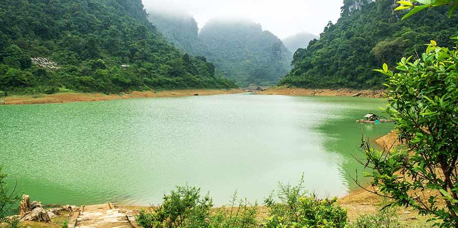 jezero-thang-hen-cao-bang-vietnam1