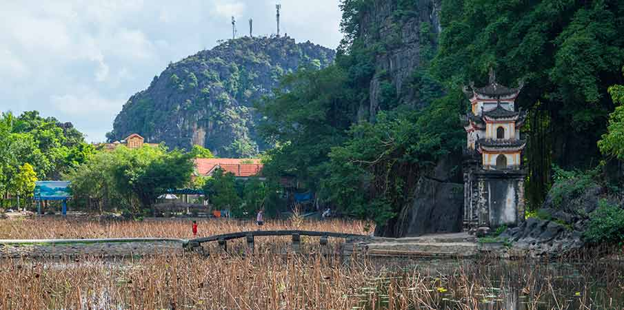 pagoda-bich-dong-brana-vietnam