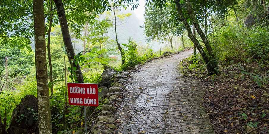 thang-hen-jezero-jeskyne-cesta