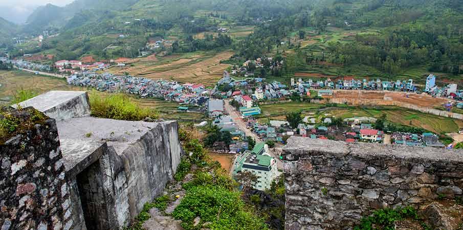 vyhlidka-dong-van-fort-vietnam